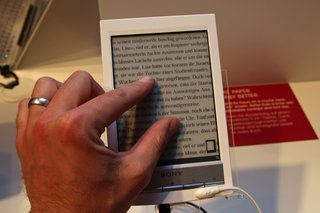 sony reader wi fi pictures and hands on image 9