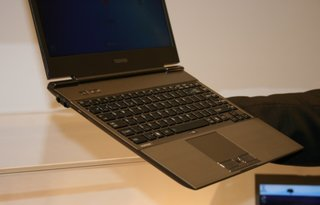toshiba portege z830 ultrabook pictures and hands on image 2