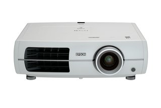 epson eh tw4400 projector  image 2