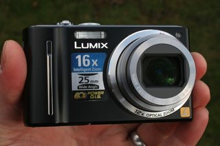 panasonic lumix dmc tz8 camera  image 1
