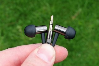 creative aurvana in ear 2 headphones image 5