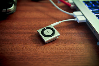 apple ipod shuffle 4th generation review image 2
