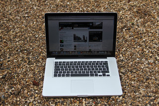 apple macbook pro 15 inch early 2011  image 9