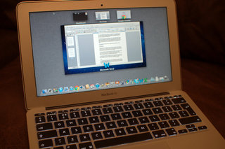 apple macbook air 11 inch 2011 image 9
