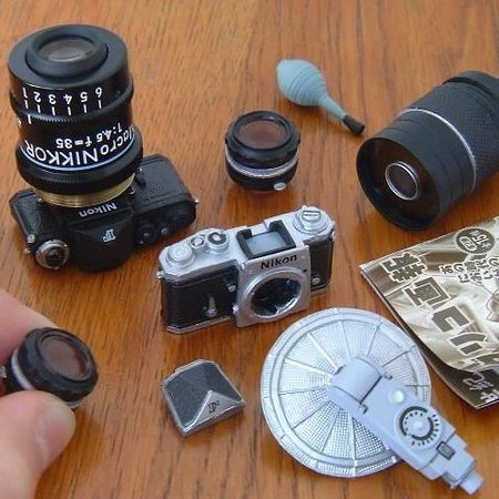 Nikon F miniature collectibles from Japan