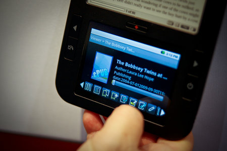 Spring Design's Alex ebook reader hands-on