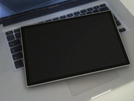 Is this the real Apple tablet? - photo 2