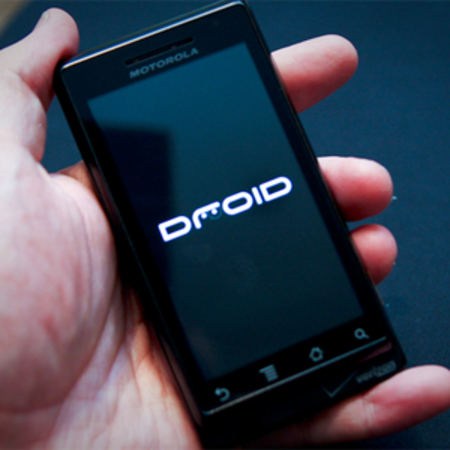 Motorola Droid gets Android 2.1 update
