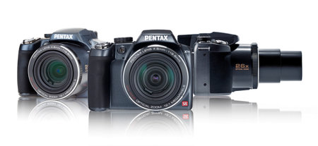 Pentax X90 brings 26x zoom to the safari