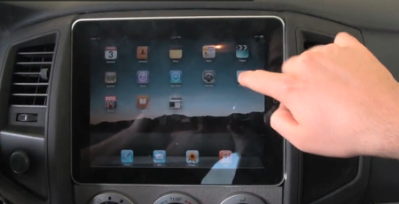 VIDEO: iPad gets installed in car dashboard