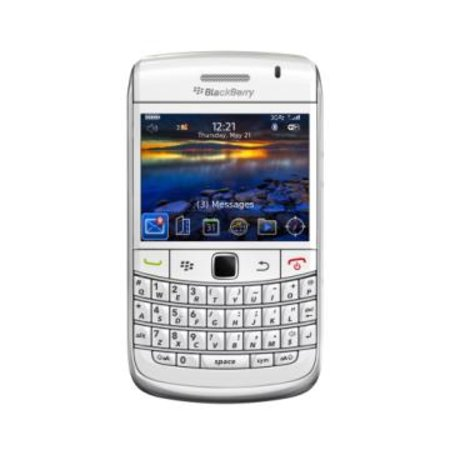 BlackBerry Bold 9700 goes white
