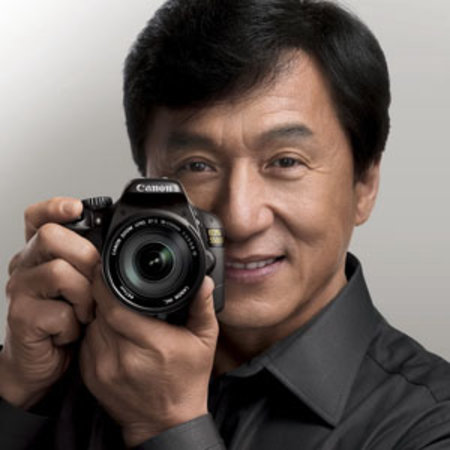 Canon launches special-edition Jackie Chan 550D in China