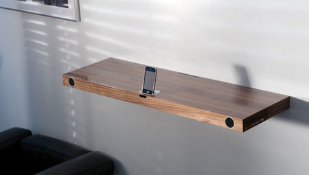 Hohrizontal 51 - hybrid shelf and iPod dock