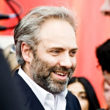 Sam Mendes to shoot next-gen iPhone ads