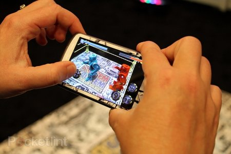 Hands-on: Augmented reality Rock 'Em Sock 'Em Robots