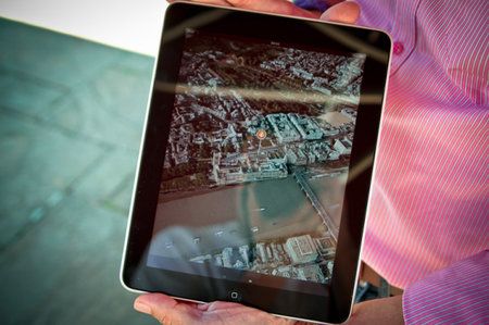 Yell.com planning iPad 3D map app to take on Google