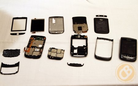 BlackBerry Torch 9800: Stripped bare