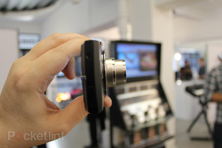 Casio EXILIM EX-S200 hands-on - photo 5