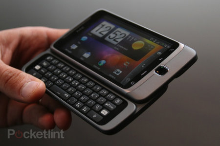 HTC Desire Z hands-on