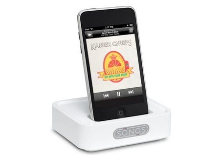 Sonos Wireless Dock connects your iPhone or iPod to your Sonos