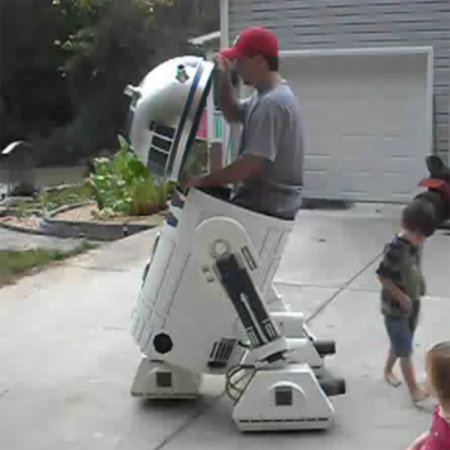 VIDEO: Homemade R2D2 fits standard-sized person