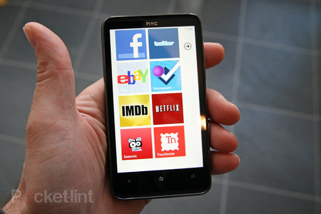 Windows Phone 7 - what apps did we get?