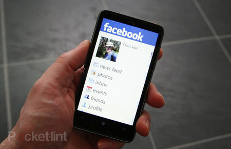 APP OF THE DAY - Facebook (Windows Phone 7)