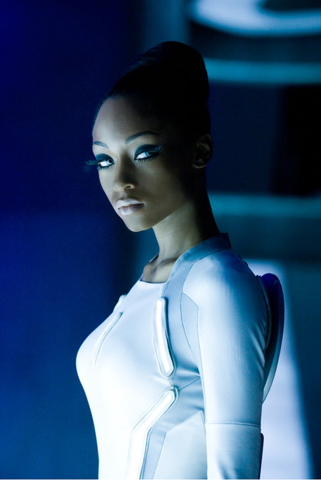 Tron: Legacy - photos, ladies and lightcycles - photo 6