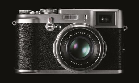 Fujifilm FinePix X100 goes on show at CES