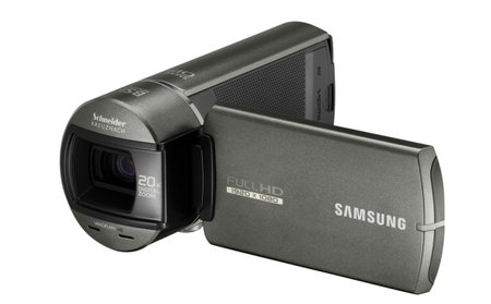 Samsung HMX-Q10 offers Full HD recording in both hands