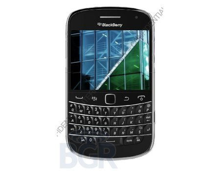 BlackBerry Dakota pictured and detailed