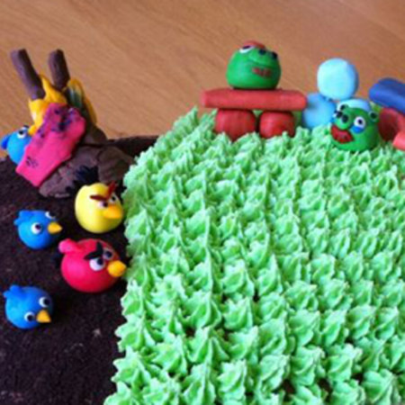 New Angry Birds birthday cake baked