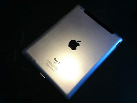 Apple iPad 2 mock up appears online days before unveiling