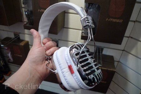 i-Mego retro headphones hands-on