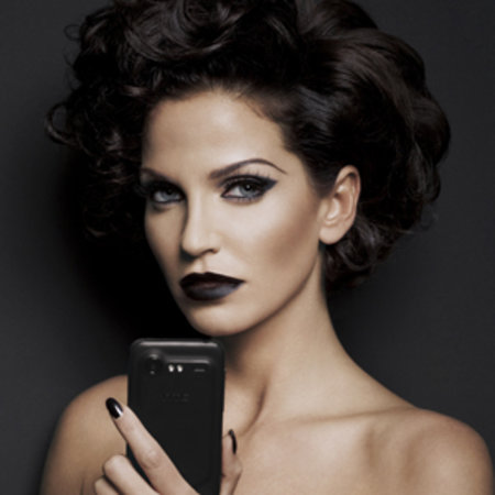 Sarah Harding goths up for HTC Incredible S launch