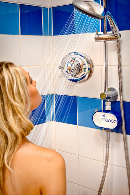 H2O Shower Powered Radio is world's first - photo 3