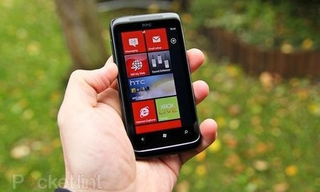Microsoft admits Windows Phone 7 update issues, NoDo now late March