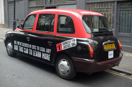 London cabs fitted with iPads and iPhones