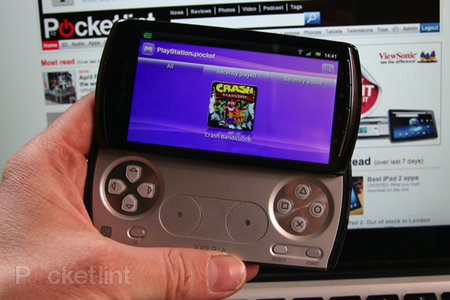 Sony Ericsson starts Xperia Play and Arc Android 2.3.3 rollout