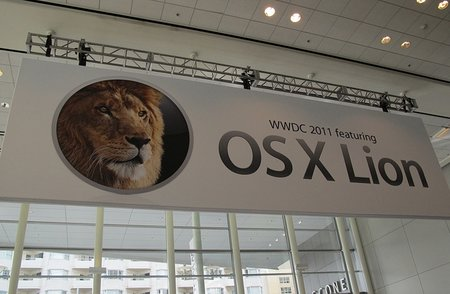 Mac OS X Lion out in July