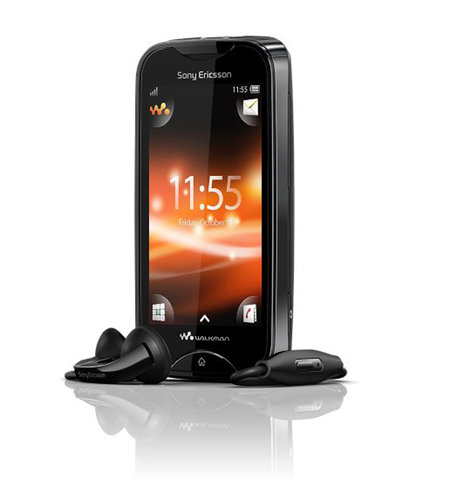 Sony Ericsson unveils two new handsets on Facebook