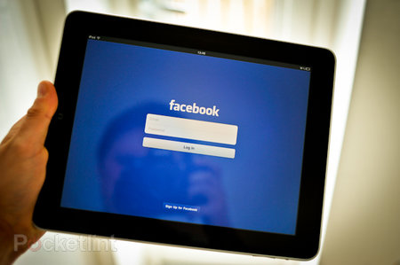 Facebook iPad app hands-on