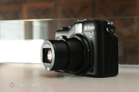 Nikon Coolpix P7100 pictures and hands-on