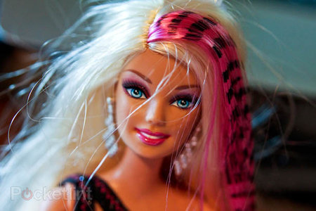 Barbie Designable Hair extensions and doll pictures hands-on