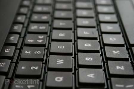 Logitech Wireless Touch Keyboard K400 pictures and hands-on - photo 4