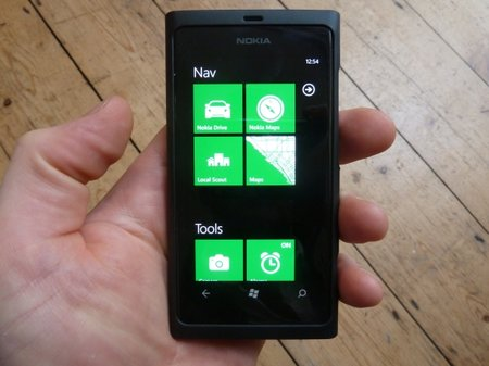 APP OF THE DAY: New Group review (WP7)