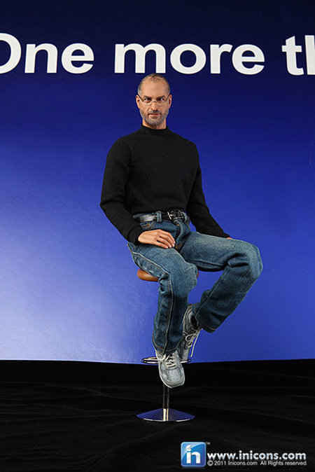 Steve Jobs action figure - bigger than an iPad screen size - photo 2