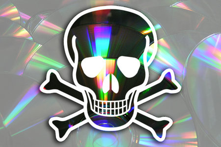 Microsoft sues Comet for Windows piracy