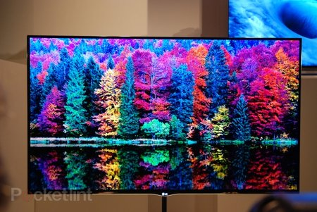 LG 55EM9600 OLED TV pictures and hands-on