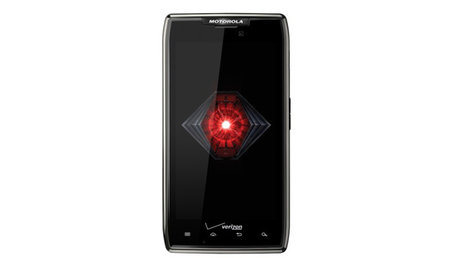 Motorola beefs up the Razr with the Droid Razr Maxx